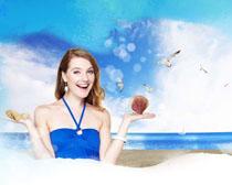 海滩风景与洋美女PSD素材