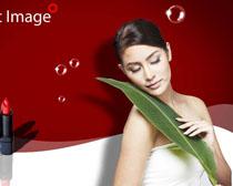 美容女人化妆品模板PSD素材