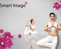 瑜伽健身女人PSD素材