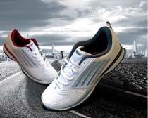 城市与运动鞋广告PSD素材