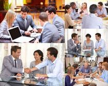 商谈的商务人物高清图片
