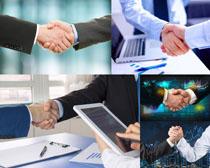 成功合作握手男人摄影高清图片
