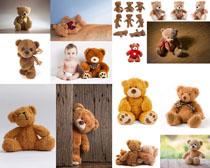 玩具小熊与小孩摄影高清图片