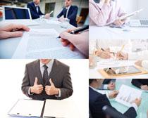 商务会议分析摄影高清图片