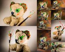 玩具小熊与涂料摄影高清图片