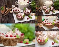 樱桃甜品蛋糕摄影高清图片