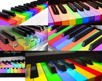 彩虹钢琴摄影高清图片