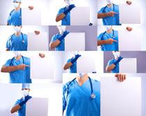 医生与广告牌摄影高清图片