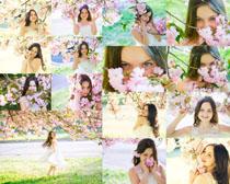 花朵与女孩摄影高清图片