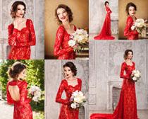 红裙成熟美女摄影高清图片