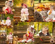 秋天欧美小女孩摄影高清图片