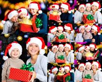 圣诞节礼物开心孩子们摄影高清图片