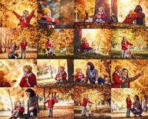 秋天母女拍摄高清图片