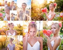 玫瑰花与欧美女子摄影高清图片