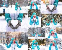 雪天美女拍摄高清图片
