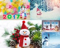 2017雪人展示摄影高清图片