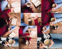 手拿咖啡人物拍摄时时彩娱乐网站