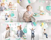 开心小朋友过生日摄影高清图片