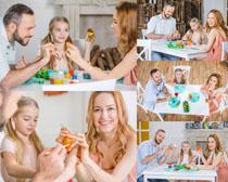 快乐的欧美家庭人物摄影高清图片