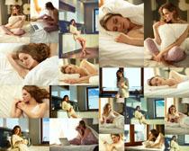 室内生活女子摄影高清图片