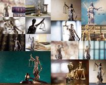法庭平衡女神塑像摄影高清图片