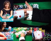 赌与牌面人物摄影高清图片