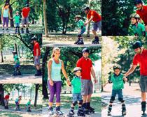 轮滑一家人摄影高清图片