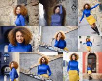 欧美卷发女人拍摄高清图片