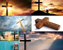 天空十字架摄影高清图片
