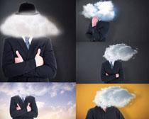 云朵与商务男士摄影高清图片