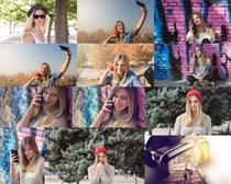 户外自拍欧美女子摄影高清图片