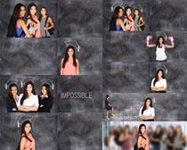 微笑的大学女孩摄影高清图片