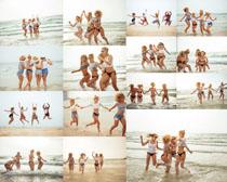 海边快乐欧美女人摄影高清图片