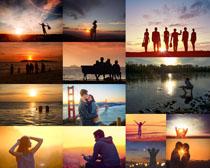 夕阳下恩爱情侣摄影高清图片
