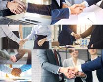 握手的合作人士摄影时时彩娱乐网站