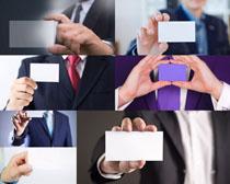 商务男士与名片摄影高清图片