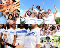 开心的大学生们摄影高清图片