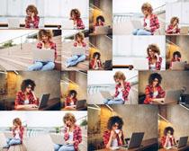 国外休闲办公女子摄影高清图片