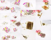 键盘花朵装饰物摄影高清图片