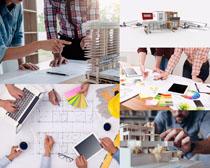 设计房屋的职业人物摄影高清图片