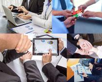 商务办公合作团队人士摄影高清图片