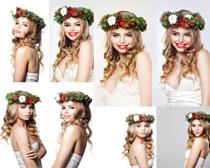 笑容花环女孩摄影高清图片