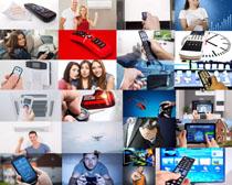 遥控器与生活人物摄影高清图片