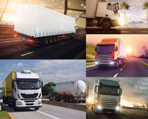 公路上的运输汽车摄影高清图片