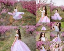 桃花小女孩摄影高清图片