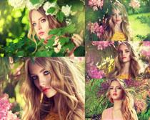 树叶下的美女摄影高清图片