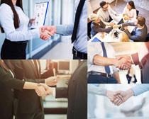 办公商务人士握手摄影时时彩娱乐网站