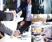 握手的職業商務男人攝影高清圖片