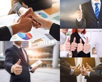 大拇指商務人士攝影高清圖片