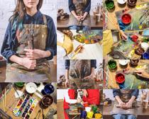 油画材料与人物摄影高清图片